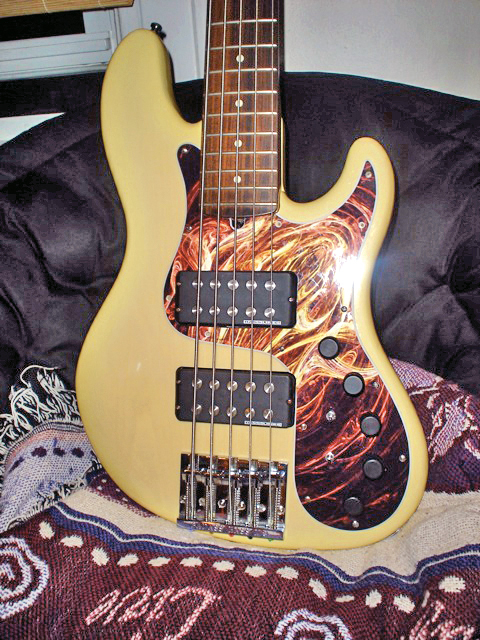 MM Jazz bass